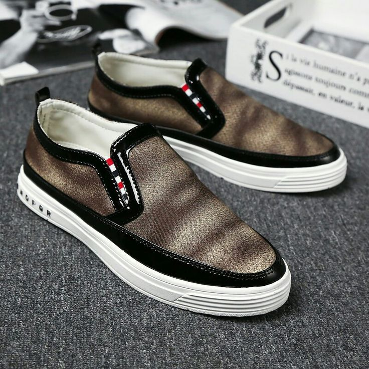 US $22 New Arrival Spring Men Slip-on Loafers Gentlemen Moccasins Soft Flat Driving Loafers Boat Shoes Pattern Hip Hop Style
