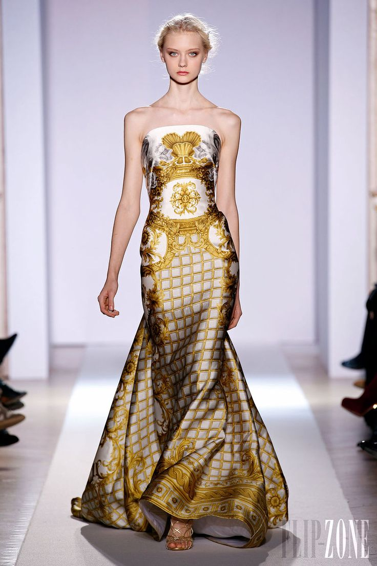 Zuhair Murad - Couture - Official pictures, S/S 2013 - http://en.flip-zone.com/fashion/couture-1/fashion-houses/zuhair-murad-3366 - Long siren dress with ample train and half-moon bustier in chalk colored gazar printed with gold baroque frescoes.