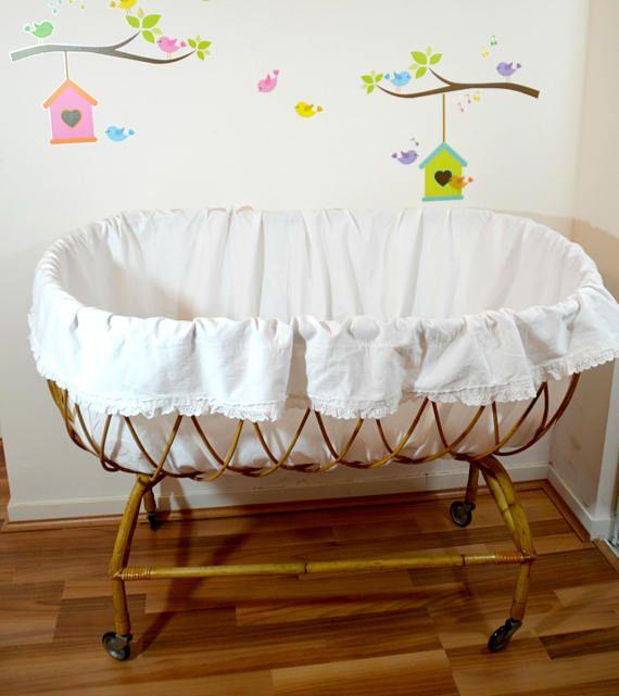 lit bébé en rotin berceau vintage Moïse avec matelas et