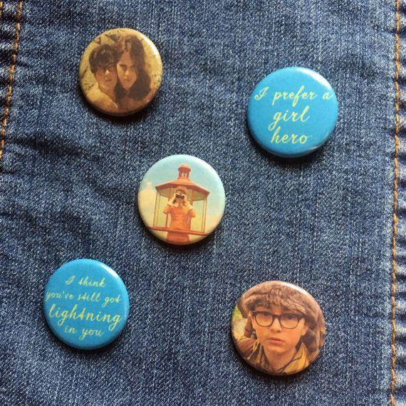 Moonrise Kingdom Assorted Pins Badges - Suzy Bishop Sam Shakusky Pins - Moonrise Kingdom Pin Badge - Moonrise Kingdom Pinback Buttons