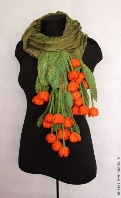 """Валяный палантин """"Оранжевые тюльпаны"""". - зелёный,цветочный,аксессуары"""
