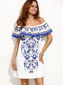 schulterfreies Kleid mit Druck und Rüschen - mehrfarbig