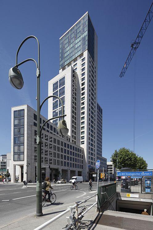 Waldorf Astoria Berlin, exterior