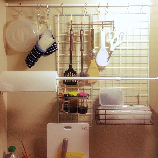 キッチン 狭い台所 ニトリ 100均 つっぱり棒 などのインテリア実例 2014 07 05 16 41 19 Roomclip ルームクリップ キッチンペーパー 収納 収納 キッチン 収納 引き出し