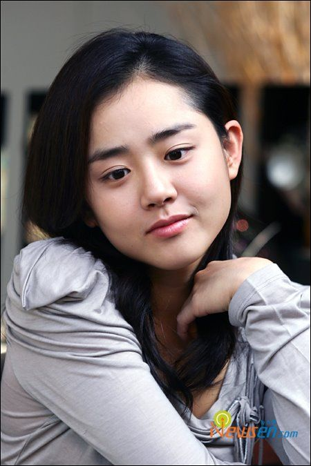 Lovely South-Korean actress Moon Geun Young. She's in innocent steps and a bunch of other movies I like. :)