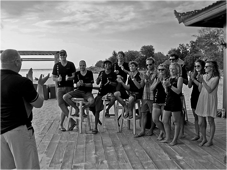 When become a scuba diving instructor it's definitely more important to consider the overall quality of the program being offered. The PADI IDC Indonesia is conducted by Platinum PADI Course Director Holly Macleod and takes place at the only PADI 5 Star IDC Career Development Center (CDC) in Gili Trawangan.