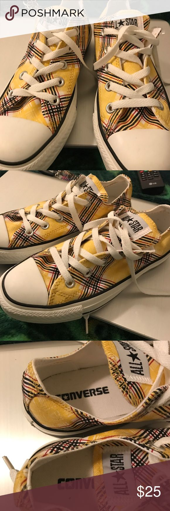 Yellow Stripped Converse Classic ChuckTaylor Brand New, Never Worn Yellow Stripped Classic Chuck Taylor, Very Comfortable, Shoe Size says it is 6 but it runs Big, I am a 6.5 and it still fits me a little big, if you are a shoe size 6.5 I think you should be fine, no Tags, but you can see the bottom is clean, never used .... Converse Shoes Sneakers