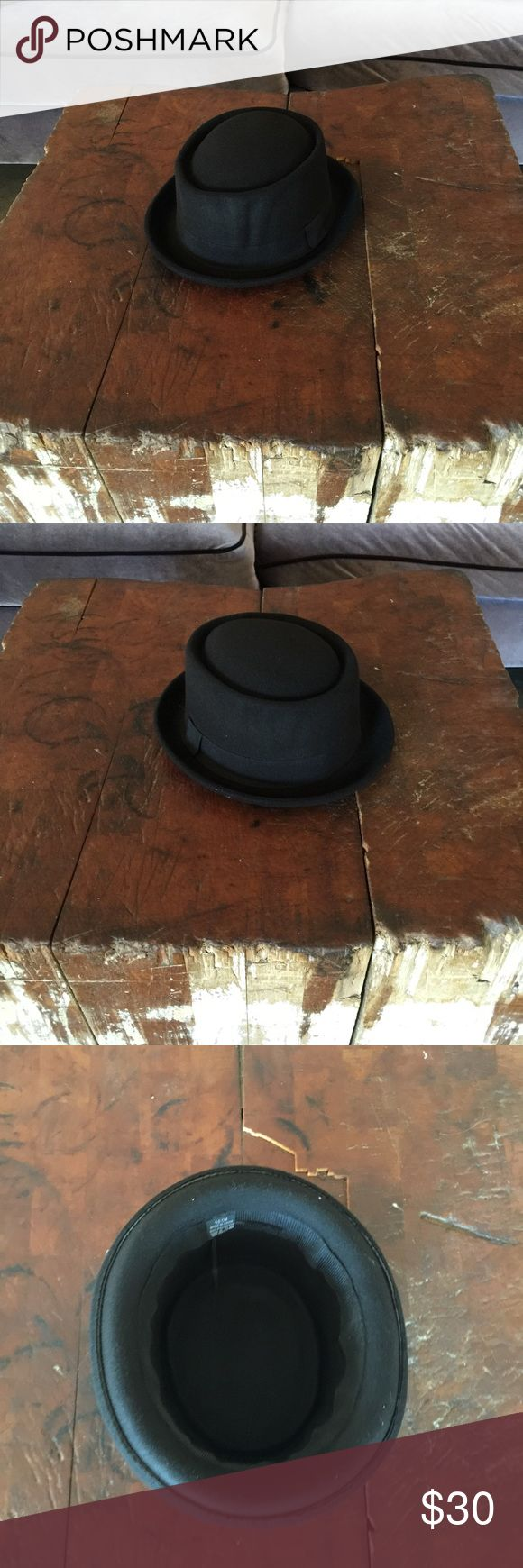 New Walter White Porpie Fedora Hat Black L/XL 100% polyester. Very high quality fedora hat. Firm on price. Please no offers. Thank you. Accessories Hats