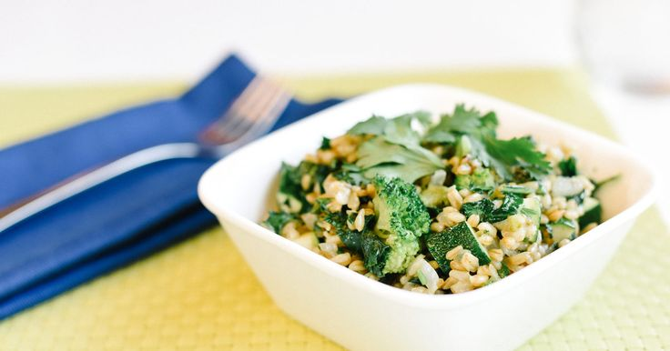 This nourishing combo of veggies and oats is ideal for a speedy breakfast or dinner.