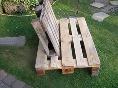 Superb DIY Lounge Sessel aus Paletten