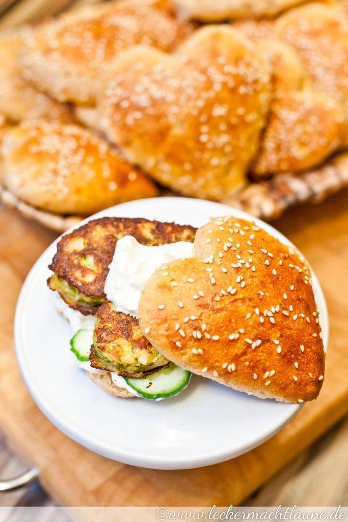 Veggie-Burger mit Herz   lecker macht laune