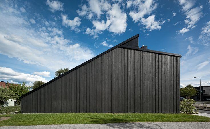 Kv Sparsamheten, Stockholm Kedjehus i trä uppförda 2010. Arkitekt: Kjellander + Sjöberg Fotograf: Adam Mörk