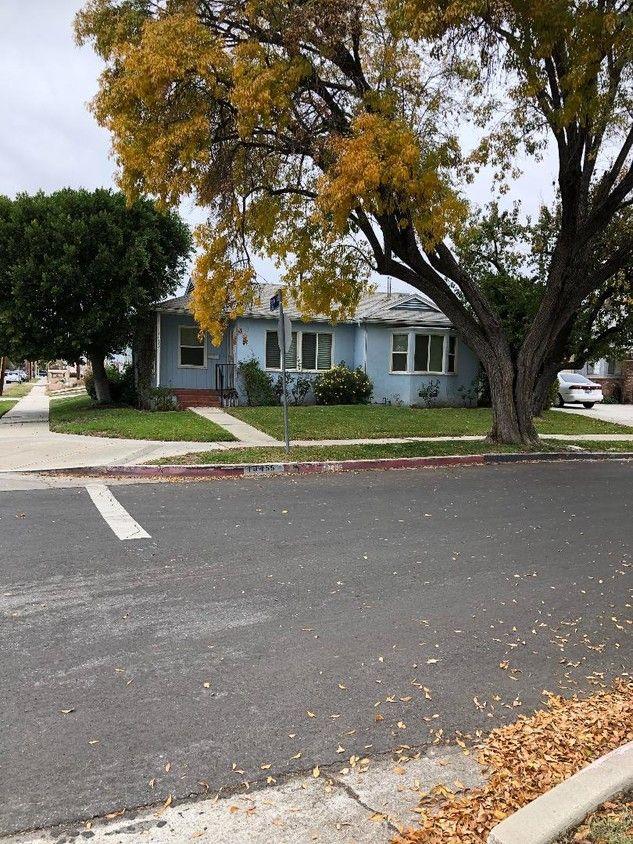 19455 Archwood St Houses In Los Angeles Ca Westside Rentals Los Angeles Homes Los Angeles Westside