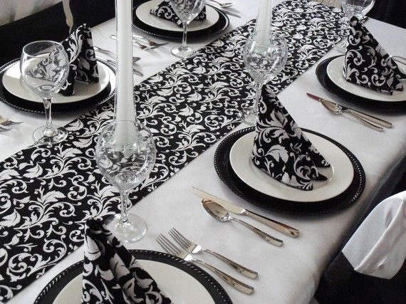 Beautiful Wedding Black And White Damask Table Runner... Simple U0026 Clean
