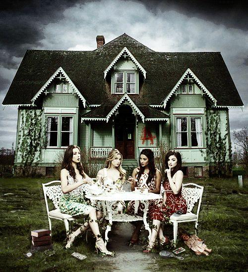 Troian Bellisario (Spencer Hastings) , Ashley Benson (Hanna Marin) , Shay Mitchell (Emily Fields) , & Lucy Hale (Aria Montgomery) - Pretty Little Liars