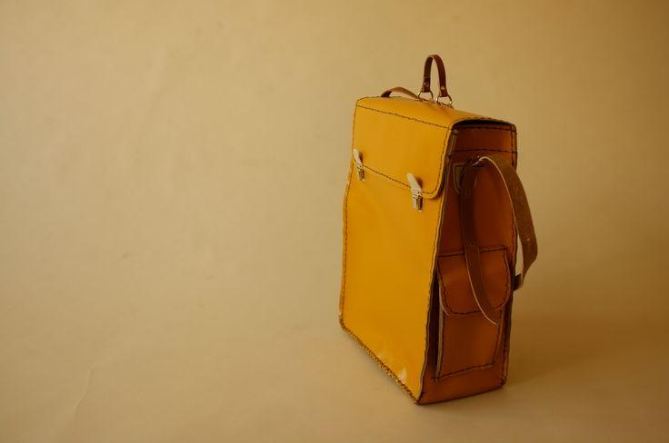 briefcase big!