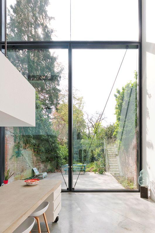 Town House in Antwerp / Sculp[IT] | ArchDaily 3 x 6 m Operable Window - Sculp(it)