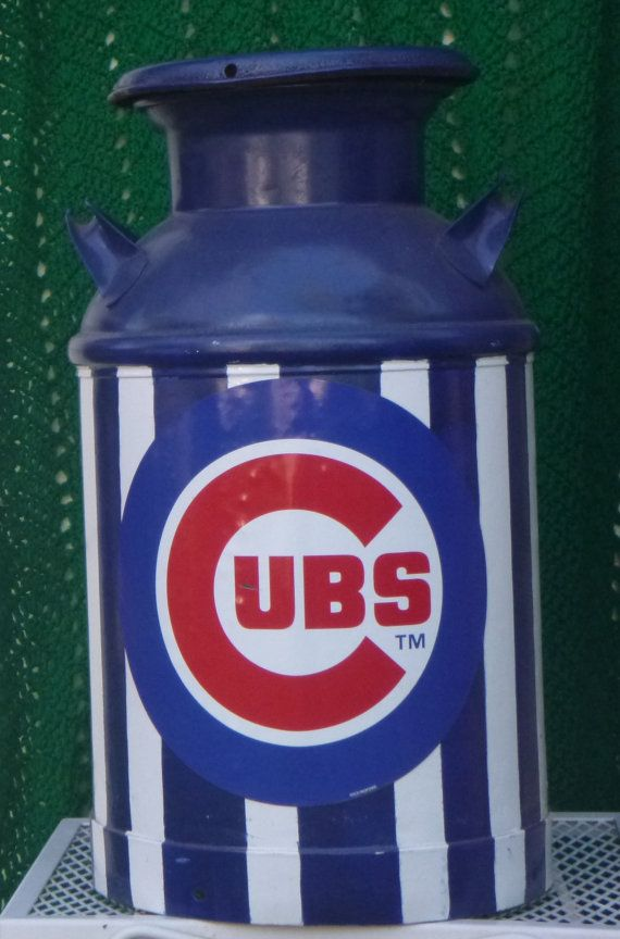 I have an old milk can I know shat I'm gonna do with it.. but gosh is it gonna be bears or cubs. .