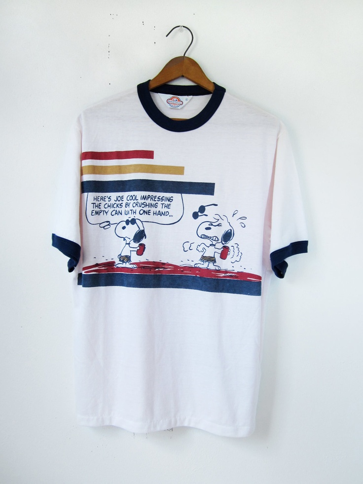 Vintage 60s Snoopy T-shirt Joe Cool Peanuts Ringer