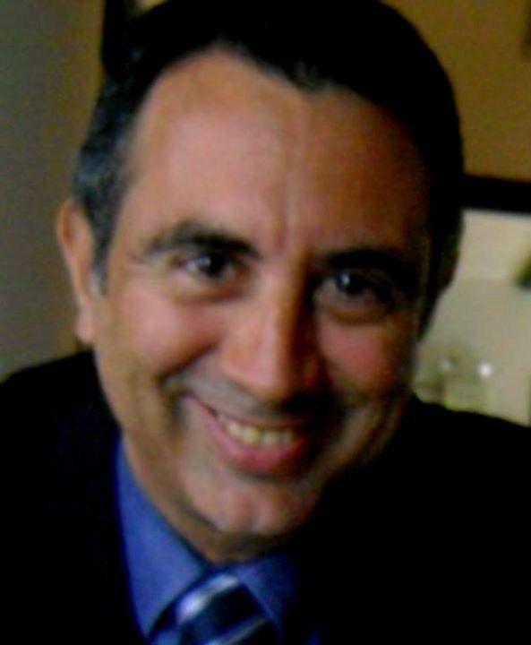 El Dr. Luis Castellanos, es un profesional de la docencia de reconocida trayectoria en el mundo de la informática y como bloguero aún mas, quisimos conocer el lado humano, que pocas veces se conoce de quienes están detrás de los proyectos informáticos. Es un docente que le gusta enseñar, estar …
