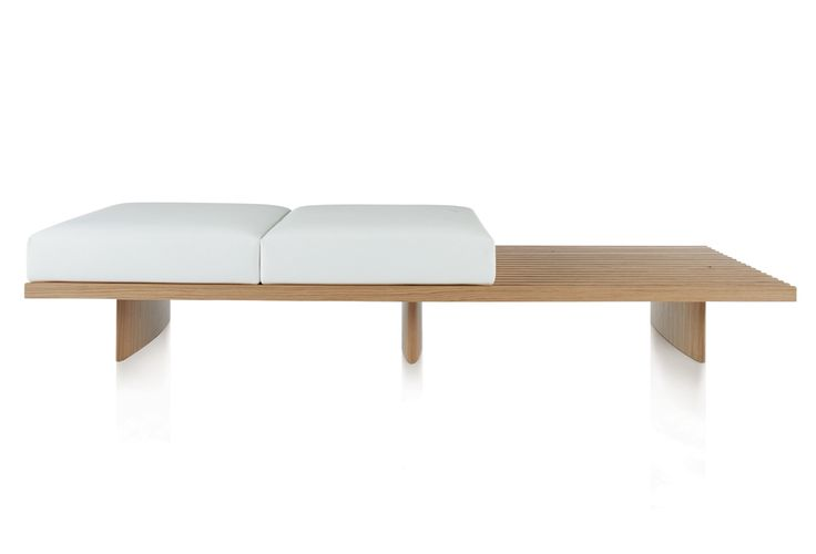 CASSINA - 514 REFOLO, DESIGN CHARLOTTE PERRIAND. You can move the cushions around and stack them.