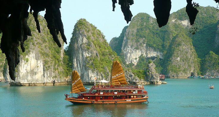 Tourist boat in Ha Long Bay. #vietnam #halongbay #tourist #boat #travel