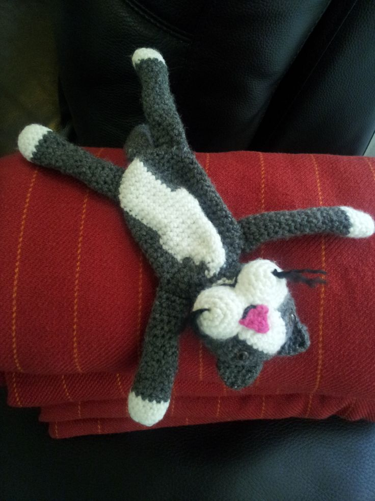Lazy cat - 2nd project - in honor of my own grey cat, Nelly.