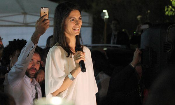 Success of Five Star Movement's Virginia Raggi and Chiara Appendino in mayoral elections is setback for PM Matteo Renzi