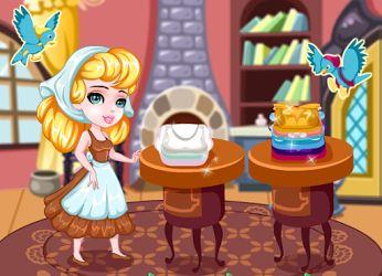 Pobre #Cenicienta nunca tiene un descanso y su malvada #madrastra quiere que lave todos los #vestidos http://www.juegos-vestir.net/jugar/ayudar-a-cenicienta