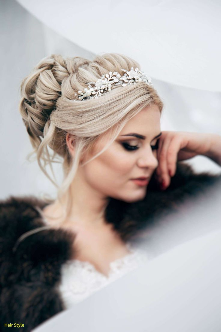 Beautiful silver hairpieces for weddings