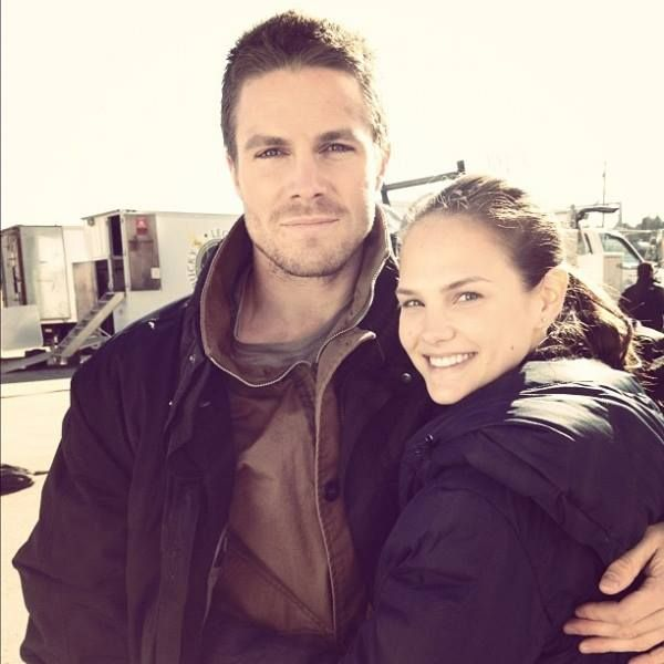 Stephen Amell and Cassandra Jean | Fav Celebs | Pinterest ...