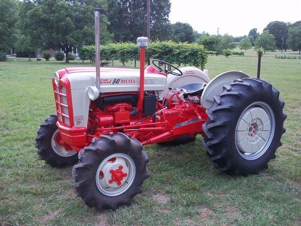 Ford 600 Tractor Start : Afe be a f eec g pixels