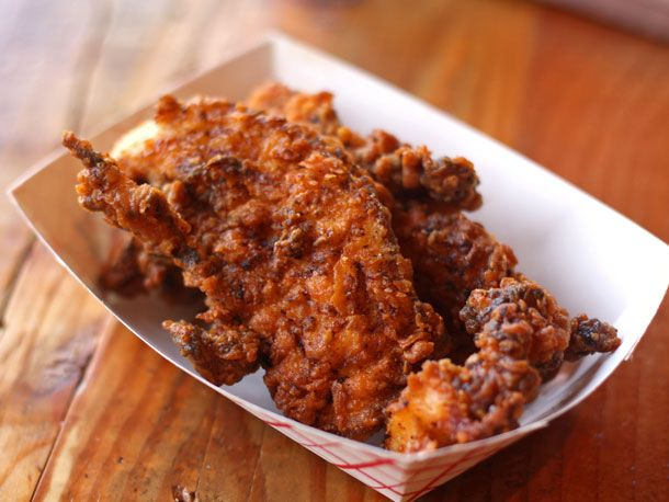 Slide Show | First Look: Leghorn Chicken Brings 'Socially Conscious' Fried Chicken Sandwiches to Ukrainian Village | Serious Eats