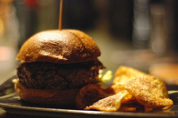 Hamburger a Milano. Lambiczoon vuole scalare la classifica definitiva