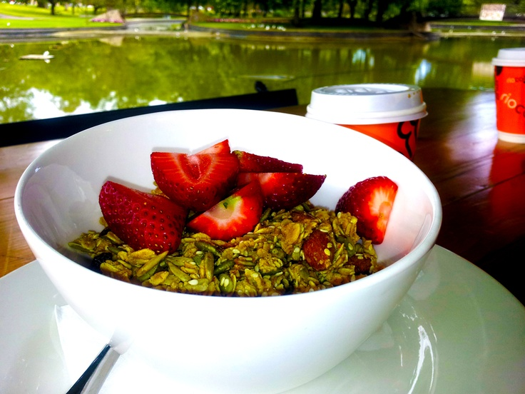 ...and this was the vegan granola I thoroughly enjoyed at Rymill Park in Adelaide... ♡