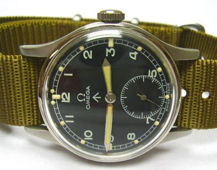 vintage Royal British Army watch by Omega. It dates back to the early 40's but this edition is in a hardly seen overall shape. These 'broad arrow' Omega watches are the most searched after editions for any watch collector