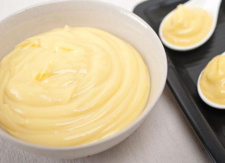 A sodó bámulatosabbá teszi a palacsintákat és a süteményeket is! Megéri mindet kipróbálni! Vaníliasodó (tejsodó)- Elkészítése: 5 egész tojást 5 kanál porcukorral habosra keverünk, belekeverünk 250 ml tejet, amelybe előzőleg negyed r...