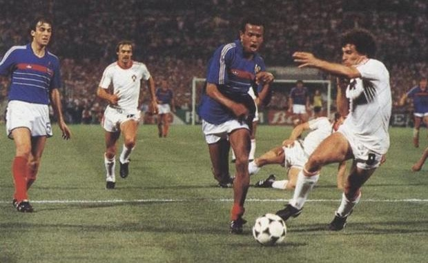 Jean-TIGANA-France-Portugal-Euro-1984