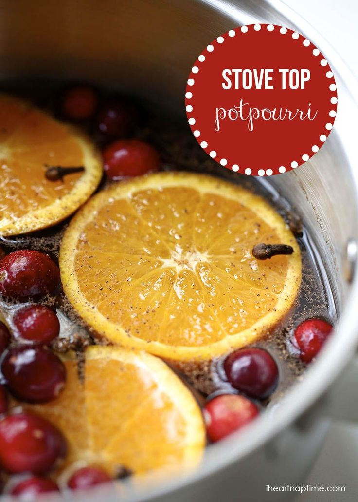 Christmas stove top potpourri I Heart Nap Time | I Heart Nap Time @Jalyn {iheartnaptime.net}
