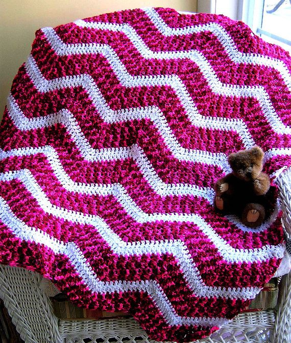 chevron zig zag crochet knit baby afghan wrap toddler blanket lap robe ripple stripes candy cane print variegated christmas made in the USA