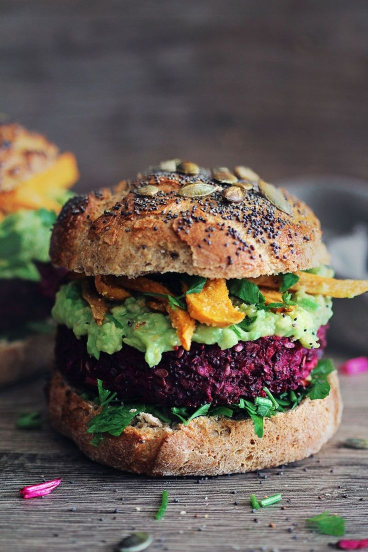 Beet burger with creamy avocado sauce and baked sweet potato fries| part of the Clean Eating Summer Quinoa Recipe Roundup!