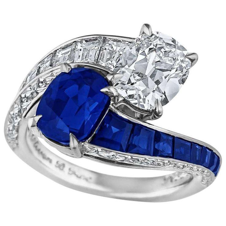 Kashmir Sapphire Diamond Platinum Toi et Moi Ring 1