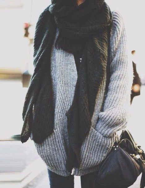 Image via We Heart It https://weheartit.com/entry/143986151 #bag #oversized #scarf #sweater #falloutfit