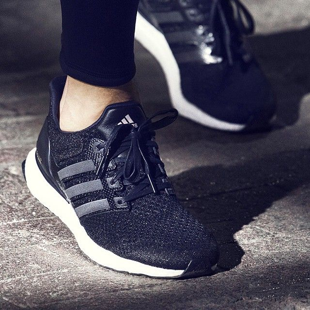 adidas ultra boost ladies black