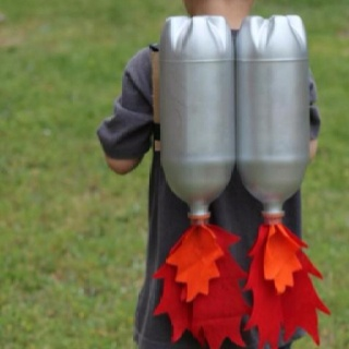 Great upcycling dyi project for the superhero in the house.