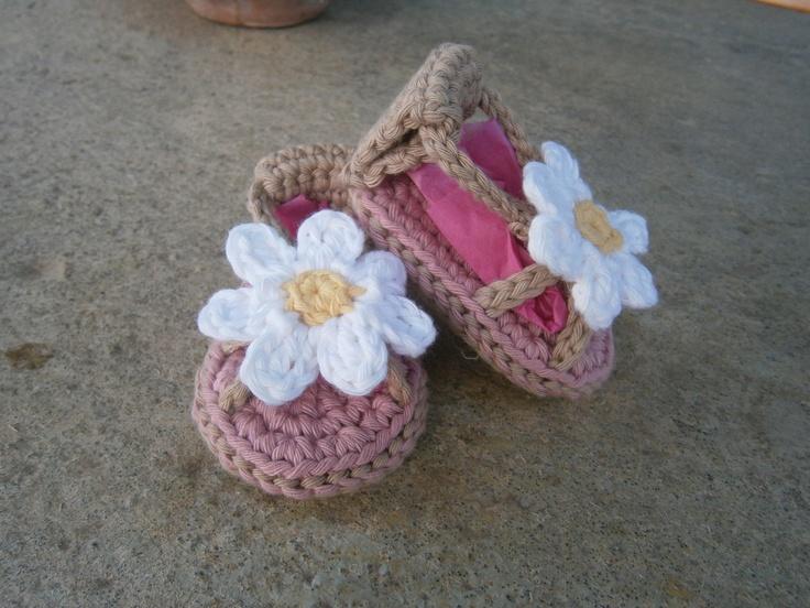 lovely crochet sandals https://www.facebook.com/kalypso.h?ref=hl