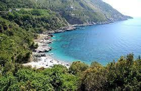 http://www.partyepartenze.it/travel/le-spiagge-lucane-dove-il-mediterraneo-e-blu