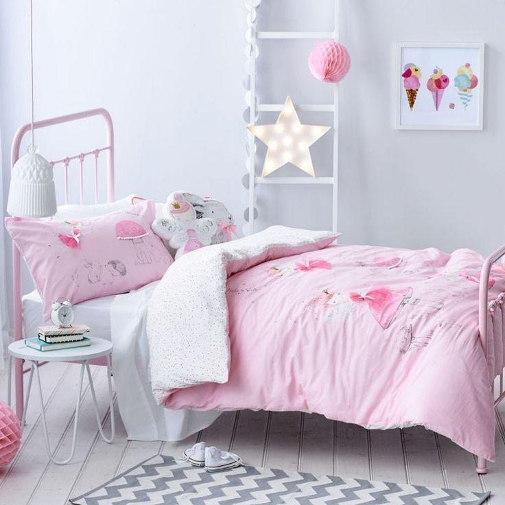 17 meilleures id es propos de tapis chevrons sur for Mobilier de chambre blanc