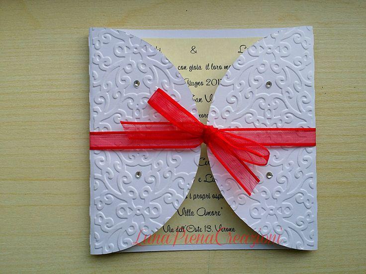 Partecipazione di matrimonio, con strass. Personalizzabile. By LunaPienaCreazioni https://www.facebook.com/matrimoniobylunapienacreazioni/  http://lunapienacreazioni.blogspot.it/