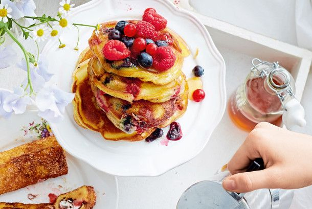 Unser beliebtes Rezept für Pancakes mit Beeren und mehr als 55.000 weitere kostenlose Rezepte auf LECKER.de.